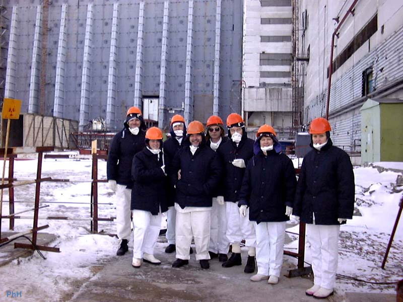 http://www.hilliontchernobyl.com/2bgal/img/tcherno5/27visite.JPG